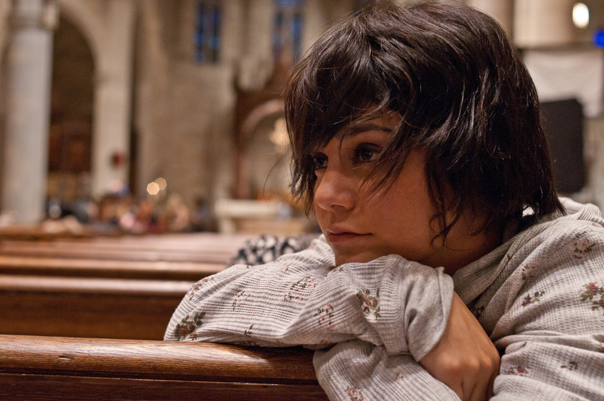 A homeless, young girl in need of a break, Vanessa Hudgens #giveaway